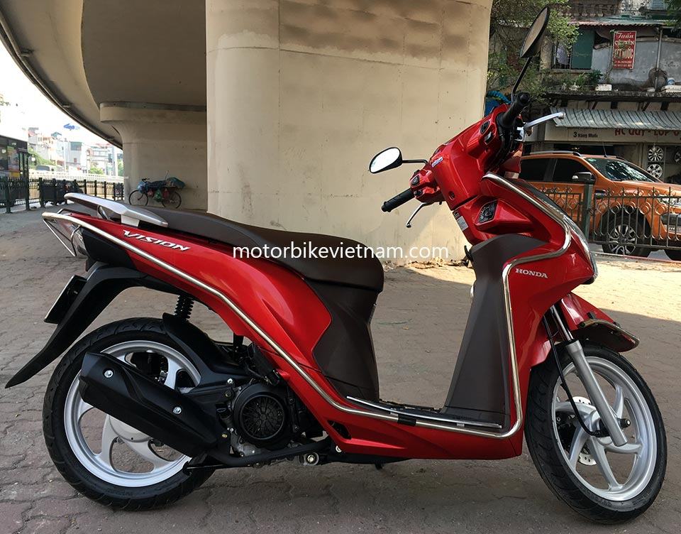 Motorbike Rentals: Honda automatic scooter Vision 110cc 2013-2015 series